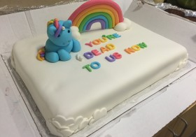 Creative farewell cake in the office